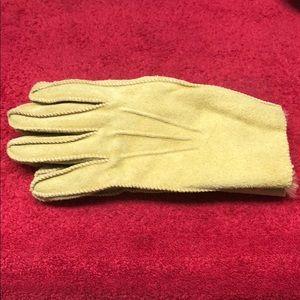 Men's winter gloves in a light beige suede leather